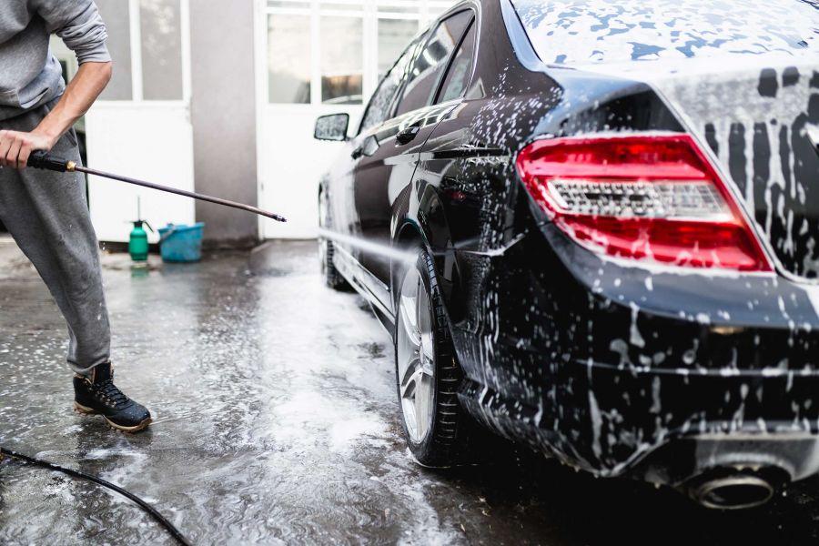 spoljasnje pranje automobila kod aerodroma nikola tesla